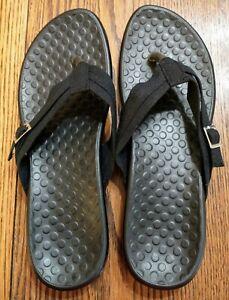 BRAND NEW WOMEN'S SIZE 10 BLACK FLIP FLOPS / SANDALS / THONGS (NOT VIONIC)