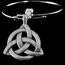 Celtic knot bracelet  Irish Symbol  Icovellavna  Dublin