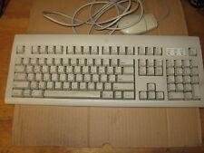 Vintage Apple Design Keyboard M2980 + Apple Desktop Bus Mouse II M2706
