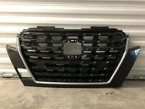 2021 2022 NISSAN KICKS  FRONT GRILLE GRILL CLEAN OEM