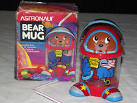 VINTAGE COLLECTIBLE CUP CANDY ASTRONAUT BEAR  PLASTIC MUG