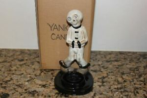 Yankee Candle Boney Bunch Make 'Em Laugh~Halloween 2020~