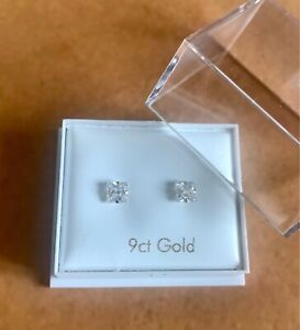 9ct Gold 4mm Square Cubic Zirconia Stud Earrings