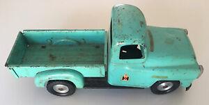 Vintage Original Tru-Scale International Harvester IH Metal Toy Pickup Truck