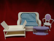 BARBIE 1983 DREAM HOUSE PLASTIC WICKER FURNITURE FOLD OUT COUCH / TABLE & MORE