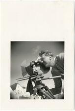 Photo Argentique Jacques Tati à la Caméra Tirage Postèrieur Vers 1980