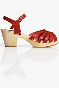 Swedish Hasbeens x H&M Collab Red Sandals Clogs Size 39 UK 6 NWT
