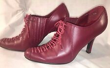 """Ladies Newport News burgundy leather lace-up vamp 3.5+"""" high heels, size 5 1/2M"""