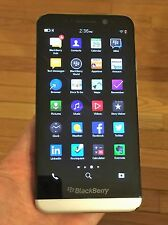 BlackBerry Z30 - 16GB - Black (Unlocked)+ Excellent+ ON SALE ---LAST 5 !!
