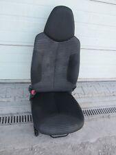 Sitz Fahrersitz vorne links Peugeot 107 Automatik 1,0L Bj.14
