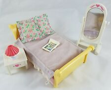 Fisher Price Loving Family Dollhouse Parent's Bedroom Set Bed Pillows Mirror Etc