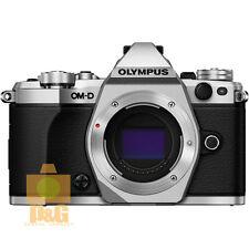 NEW BOXED Olympus OM-D E-M5 Mark II EM5 II Camera Body // Silver