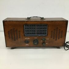 Retro Style AM/FM Brown Wooden Mantle Radio With Legs & Top Handle #409