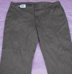 Men's Dress Pants  W46 X L30. TAG NO. 3K