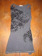 Cache Cache -Tunique à fleurs velours - lacée dans le dos - grise et noir - 1