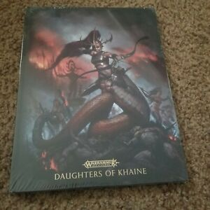Daughters of Khaine limited edition Battle Tome