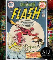 Flash #228 VF+ 8.5 (DC)