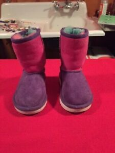 UGG Australia baby boots in size 6M (EU22.5) - beautiful colors & top shape!