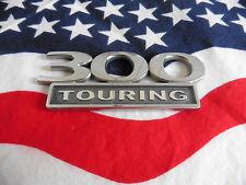 US SCHRIFTZUG 300 TOURING Auto Car Emblem CHRYSLER Deko Logo Typ Deko Badge USA