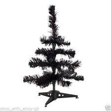 Sapins de Noël noirs