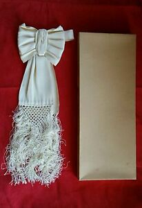 Ancien Noeud Cravate Brassard de Communion Religion en Satin Crème avec Frange