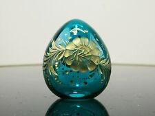 Kleines Glas Ei im Stil von Faberge mit bronziertem Schliff, St. Petersburg