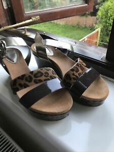 clarks wedge sandals 5