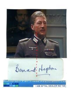 Bernard Hepton vintage signed page Colditz AFTAL #145