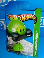 Hot Wheels 2012 Premiere #35 Angry Birds Minion Green 2013 HW Imagination Card