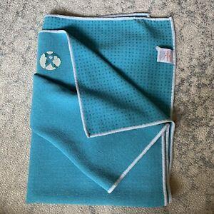 MANDUKA Yogitoes Skidless Yoga Towel Mat Non Slip Blue Polyester Nylon Blend