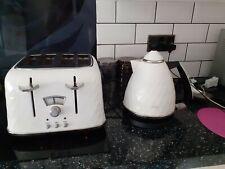 Delonghi Brilliant Kettle and 4 Slice Toaster, White