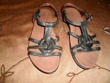 BORN SANDALS-CIRCLE DECOR/ANKLE STRAP-OLIVE GREEN-SIZE 9/40 1/2 M/W-HANDCRAFTED