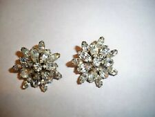 VINTAGE WEISS SIGNED CLIP ON EARRINGS