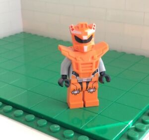 y4 # Lego -  Figur Minifig 70705 70707 ORANGE ROBOT SIDEKICK (973pb1267)