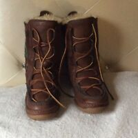 ll bean Women's Wicked Good Lodge Boot ,wool Slippers Plaid Size 9 M