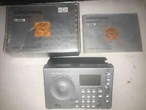Grundig World Receiver G-2000A  FM MW SW Radio Porsche Design Leather Case.