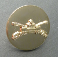 US ARMY ARMORED DIVISION GOLD COLORED LAPEL HAT PIN BADGE 1 INCH