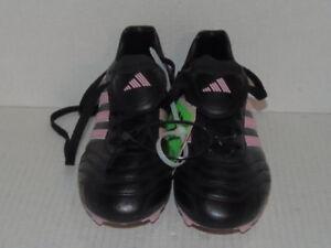 ADIDAS - WOMEN - SOCCER / FOOTBALL CLEAT - BLK/PINK - SIZE 6  (CLT-2610-GRN-509)