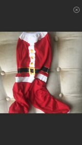 BRAND NEW WONDERSHOP SANTA PET ONSIE SIZE M