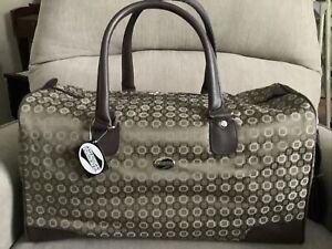 American Tourister 4 Piece Duffle Bag Set-New