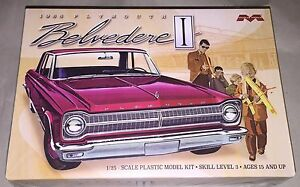 Moebius 1965 Plymouth Belvedere 1:25 scale model car kit new 1218