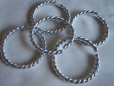 Un paquete de 5 grande plástico/acrílico Aros de estilo anillo de split
