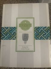 scentsy plug in warmer- enjoy The Little Things - new