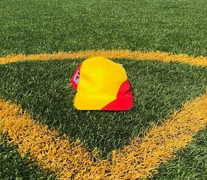 Vintage NWT World Cup Spain National Soccer team country flag snapback hat