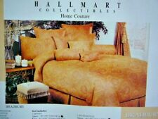 Hallmart Collectibles Home Couture 'Bradbury' Bed in a Bag Set of 4, Queen New