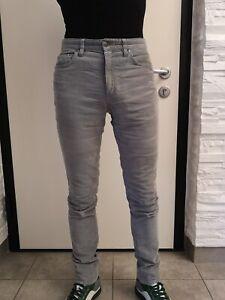 Pantalone uomo marca Hugo Boss tg. 30