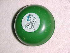 "vintage - Green "" Snoopy "" - United Feature Syndicate"