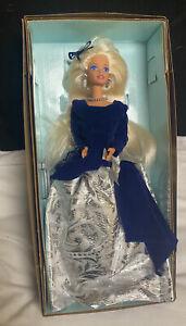 Mint Winter Velvet Barbie 1995-New In Box - Spec. Edition - Vintage - Avon Excl