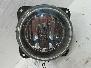 Ford Escape Fog Lamp Right Passenger Side 05 06 2M5Z 15200AB