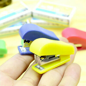 Portable Quality Mini Plastic stapler Useful Office Binding Stationery
